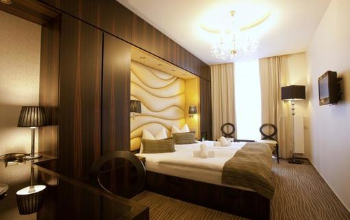 AMBIENTE WELLNESS & SPA HOTEL 1155028571