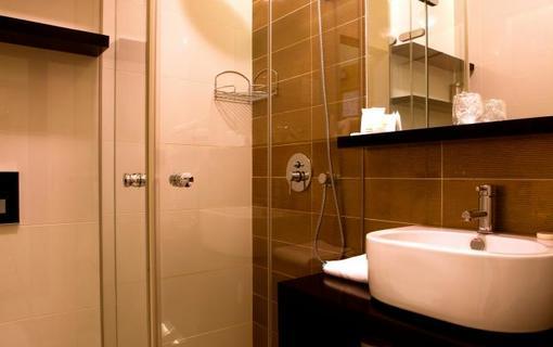AMBIENTE WELLNESS & SPA HOTEL 1155028577