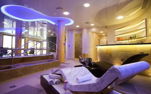 AMBIENTE WELLNESS & SPA HOTEL 1155028593