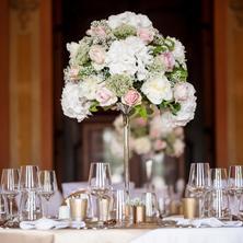 Zámecký hotel Liblice-Byšice-pobyt-Postel plná růží