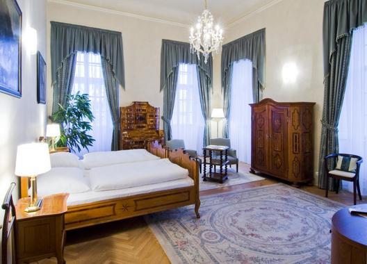 Zámecký-hotel-Liblice-3