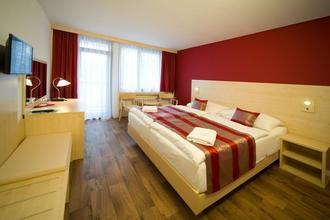 Hotel Krystal Praha 40435052