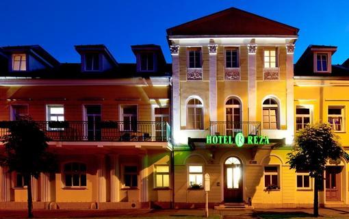 Hotel REZA 1152579929