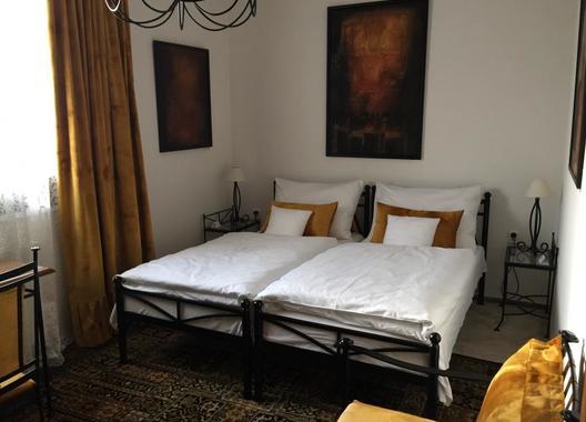 Antik-Hotel-Sofia,-s.r.o.-12