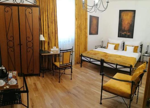 Antik-Hotel-Sofia,-s.r.o.-3