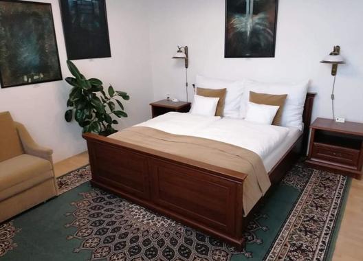 Antik-Hotel-Sofia,-s.r.o.-5