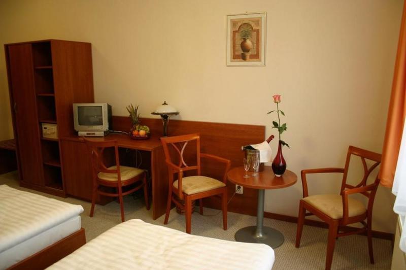 Hotel Alexis 9