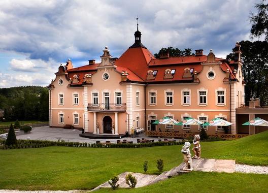 HOTEL-zámek-BERCHTOLD-1