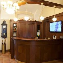 HOTEL zámek BERCHTOLD Kunice 36345652