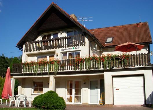 Rezidence-Fami-De-Luxe-Design---Máchovo-jezero-1