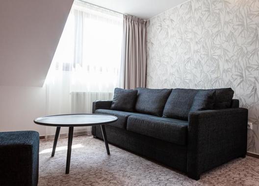 Equitana-Hotel-Resort-5