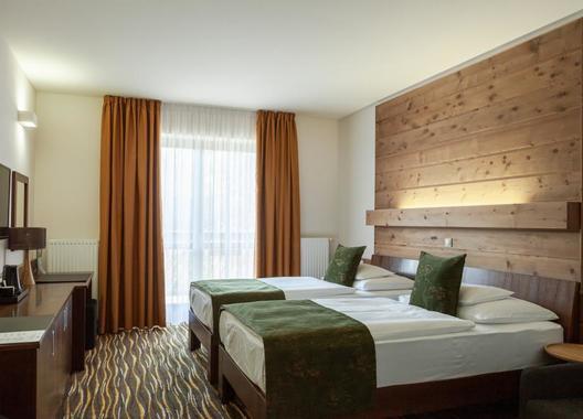 Equitana-Hotel-Resort-2