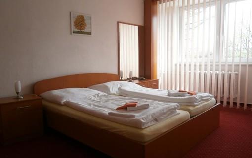 Romantický pobytový balíček pro páry-Hotel Garni VŠB-TUO 1154374053