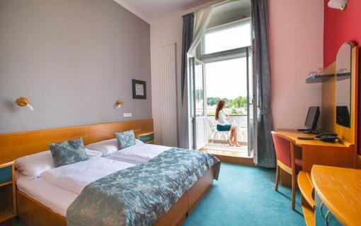 Hotel Kriváň 1154390103
