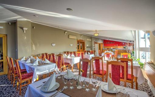 Hotel Kriváň 1154390111