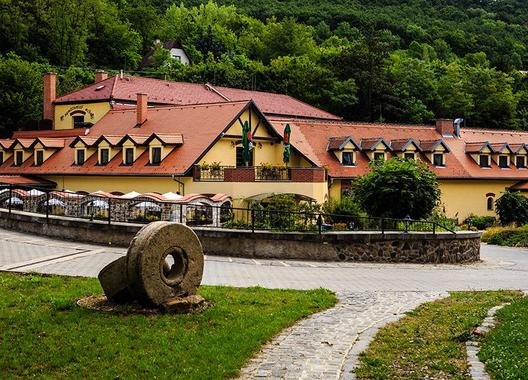 Hotel-Nemojanský-mlýn-1
