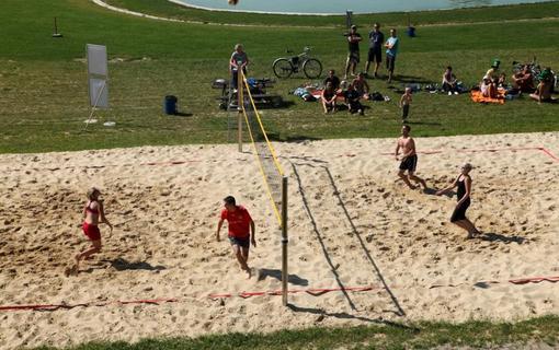 HOTEL HEIPARK Plážový volejbal v HEIparku
