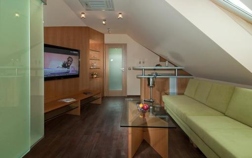 HOTEL HEIPARK 1154270301