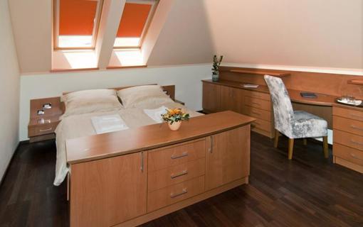 HOTEL HEIPARK 1154270303