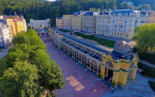 Gourmet Hotel Villa Patriot kolonáda 200m