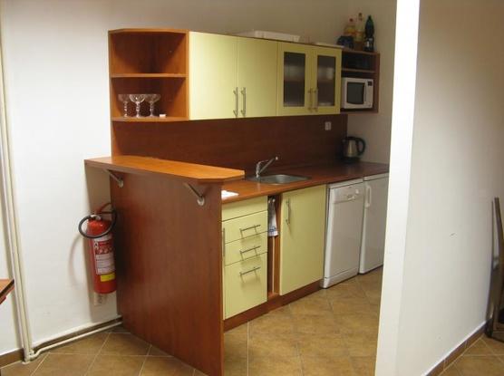 Ubytovna Orlovna Kuchyňka v zasedací místnosti