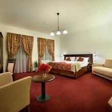 Hotel Joseph 1699 Třebíč 45911742