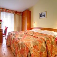 SEIFERT HOTEL Praha 37058750