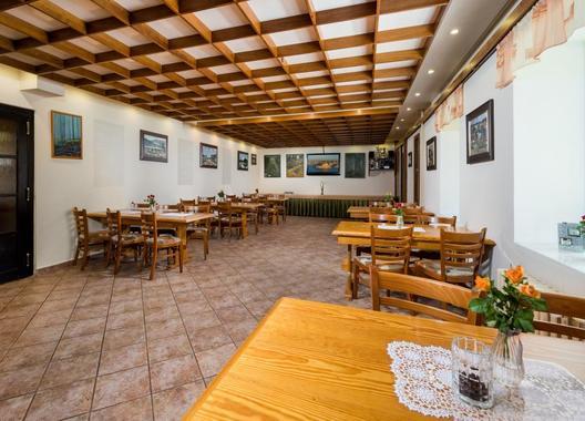 horsky-hotel-jelinek_restaurace-mala-2