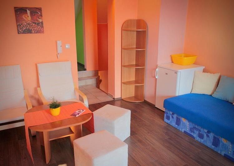 Ložnice, obývací pokoj, kuchyň, koupelna