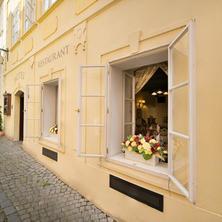 Boutique Hotel Constans Praha 37738166