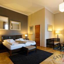 HOTEL SANTANDER Brno 39858704
