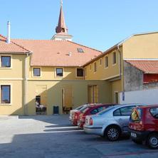 Restaurace a Penzion U Kostela Újezd u Brna