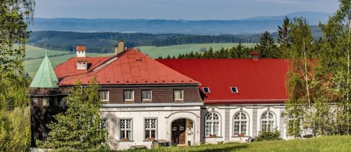 Hotel ZÁMEČEK Heřmánkovice
