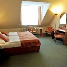 Lázeňský hotel PYRAMIDA I-Františkovy Lázně-pobyt-King Spa