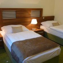 Wellness hotel Pod Kyčmolem Horní Lomná 33547888