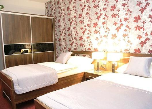 Hotel-Elegance-6