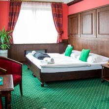 Hotel U hejtmana Šarovce Uherské Hradiště 35981800