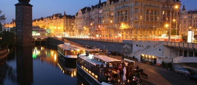 BOAT HOTEL MATYLDA Praha