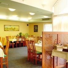Hotel Harmonie Zastávka 36613574