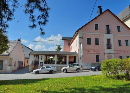 Hotel-a-restaurant-VIA-IRONIA-4