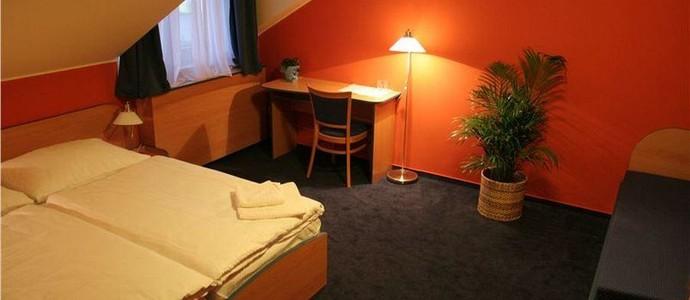 Hotel a motorest u Milína Milín 1128390365