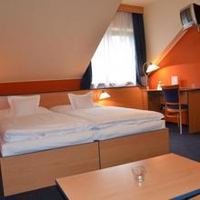 Hotel a motorest u Milína Milín 33550936