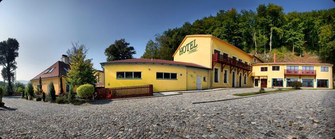 Hotel a Restaurant Výpřež 1