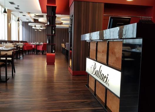 Hotel-Baltaci-Atrium-7