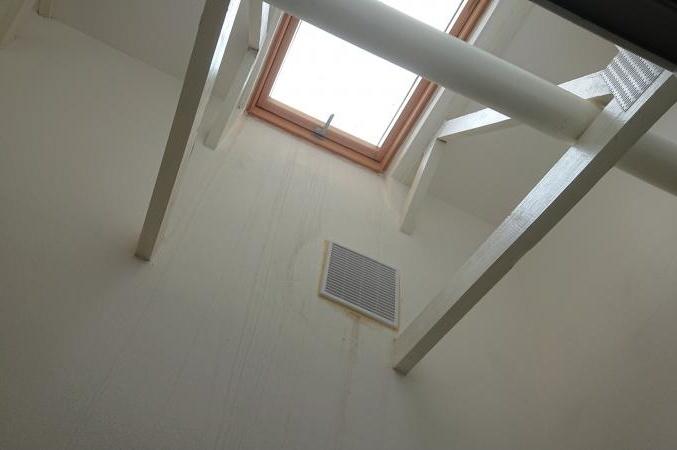 Balkón se světlíkem