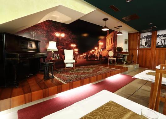 Hotel-Nostalgia-31