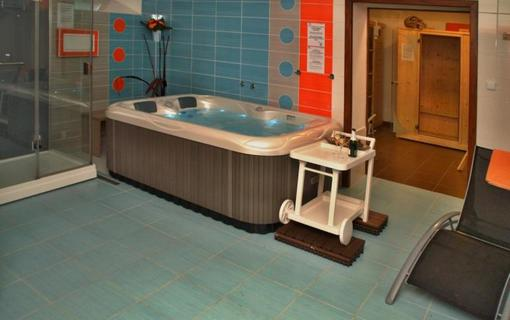 Hotel Avalanche 1157295469