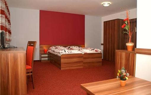 Hotel Avalanche 1157295445