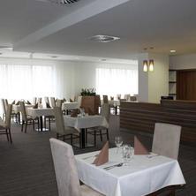Hotel Saffron Bratislava 33558198
