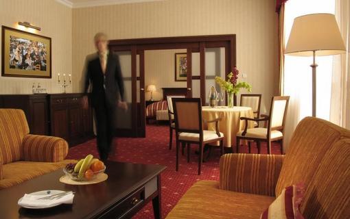 Grand Hotel Bellevue 1153959297